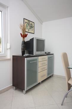 Drage, Pokój dzienny w zakwaterowaniu typu apartment, dostupna klima i WIFI.