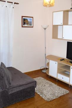 Sukošan, Living room in the apartment, dopusteni kucni ljubimci i WIFI.
