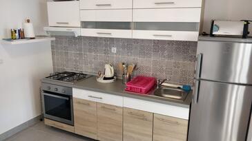 Kuchyně    - A-618-a