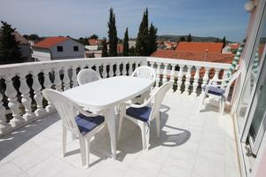 Apartments with a parking space Vodice - 6180