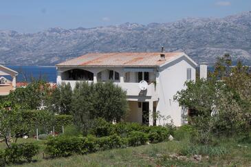 Ražanac, Zadar, Objekt 6185 - Apartmaji s prodnato plažo.
