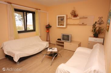 Vinjerac, Living room in the apartment, dostupna klima i WIFI.