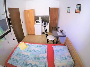 Bibinje, Ložnice v ubytování typu room, WiFi.