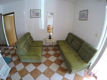 Biograd na Moru, Obývací pokoj v ubytování typu apartment, WiFi.