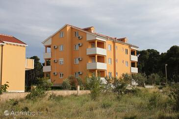 Biograd na Moru, Biograd, Property 6202 - Apartments and Rooms with sandy beach.
