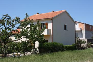 Turanj, Biograd, Property 6212 - Apartments with pebble beach.