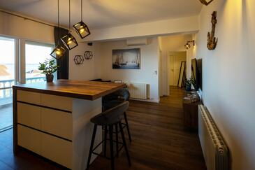 Tkon, Jadalnia w zakwaterowaniu typu apartment, air condition available i WiFi.