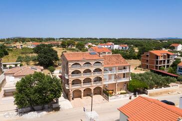 Biograd na Moru, Biograd, Property 6219 - Rooms with sandy beach.