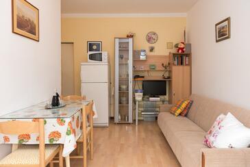 Vodice, Столовая в размещении типа apartment, доступный кондиционер и WiFi.