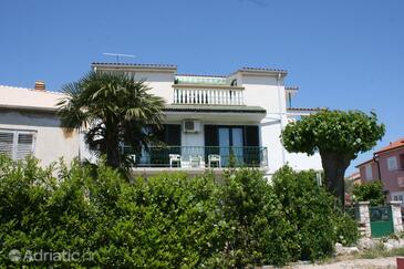 Vodice, Vodice, Объект 6238 - Апартаменты с галечным пляжем.