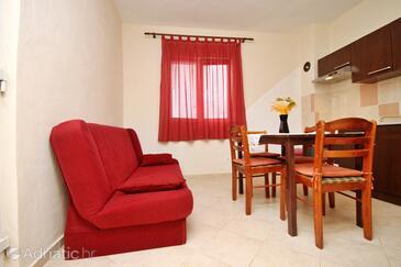 Posedarje, Dining room in the apartment, dostupna klima i WIFI.