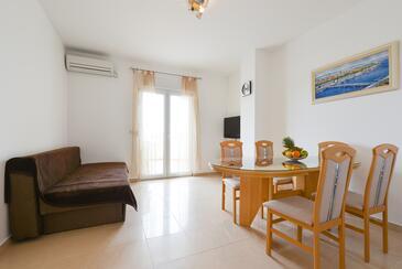 Ljubač, Гостиная в размещении типа apartment, доступный кондиционер и WiFi.