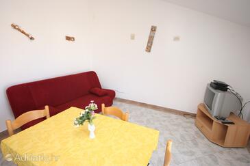 Pirovac, Living room in the apartment, dopusteni kucni ljubimci i WIFI.