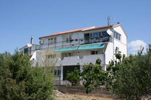 Апартаменты с парковкой Трибунь - Tribunj (Водице - Vodice) - 6247