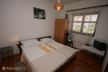 Biograd na Moru, Bedroom in the room, WIFI.