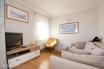 Tkon, Obývací pokoj v ubytování typu apartment, WiFi.