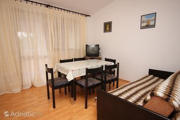 Pašman, Dining room in the apartment, dopusteni kucni ljubimci.