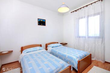 Bedroom    - A-627-b