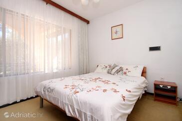 Bedroom    - A-627-e