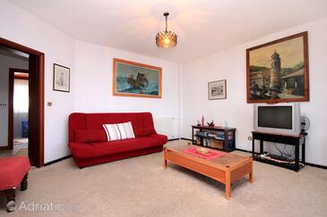 Living room    - A-627-e