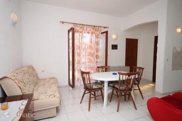 Pag, Esszimmer in folgender Unterkunftsart apartment, Haustiere erlaubt und WiFi.