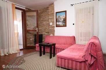 Pag, Wohnzimmer in folgender Unterkunftsart apartment, Klimaanlage vorhanden, Haustiere erlaubt und WiFi.