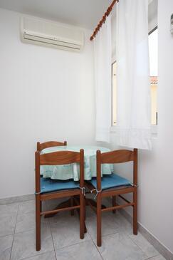Mulobedanj, Blagovaonica u smještaju tipa apartment, kućni ljubimci dozvoljeni i WiFi.