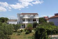 Apartmány s parkovištěm Pirovac (Šibenik) - 6276
