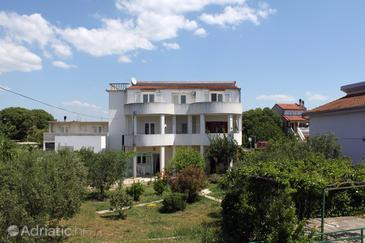 Pirovac, Šibenik, Property 6276 - Apartments with pebble beach.