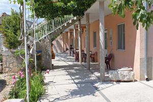 Apartments with a parking space Pirovac (Šibenik) - 6278