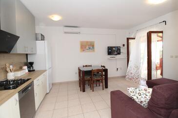 Mandre, Obývací pokoj v ubytování typu apartment, domácí mazlíčci povoleni a WiFi.