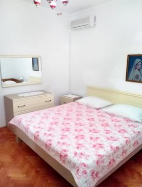 Kustići, Sypialnia w zakwaterowaniu typu room, dostupna klima i WIFI.
