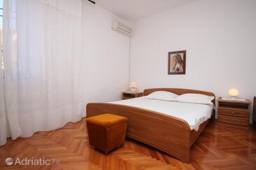 Kustići, Спальня в размещении типа room, доступный кондиционер и WiFi.