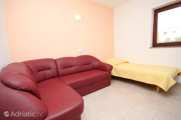 Pridraga - Cuskijaš, Living room in the apartment, dostupna klima, dopusteni kucni ljubimci i WIFI.