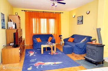 Bibinje, Living room in the apartment, dopusteni kucni ljubimci.
