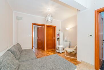 Stara Novalja, Wohnzimmer in folgender Unterkunftsart apartment, WiFi.
