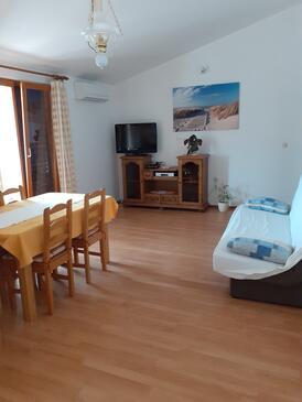 Kustići, Obývací pokoj v ubytování typu apartment, s klimatizací, domácí mazlíčci povoleni a WiFi.