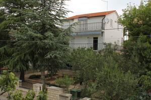 Apartmány s parkovištěm Vodice - 6321