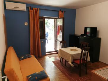 Pag, Esszimmer in folgender Unterkunftsart apartment, Klimaanlage vorhanden, Haustiere erlaubt und WiFi.