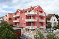 Апартаменты с парковкой Vodice - 6331