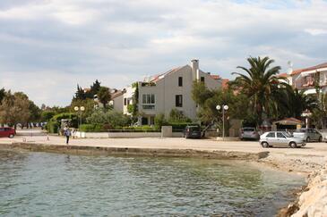 Zadar - Diklo, Zadar, Obiekt 6333 - Apartamenty przy morzu ze żwirową plażą.