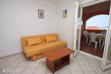 Novalja, Гостиная в размещении типа apartment, Домашние животные допускаются и WiFi.