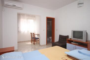 Novalja, Dnevna soba v nastanitvi vrste apartment, dostopna klima, Hišni ljubljenčki dovoljeni in WiFi.