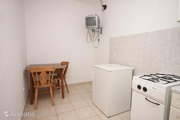 Kustići, Dining room in the apartment.