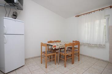 Metajna, Jadalnia w zakwaterowaniu typu apartment, WIFI.