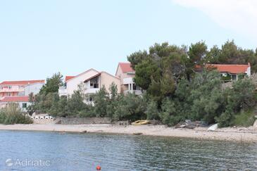 Zubovići, Pag, Объект 6356 - Апартаменты вблизи моря с галечным пляжем.