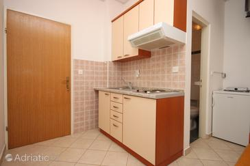 Zubovići, Kitchen in the studio-apartment, WIFI.