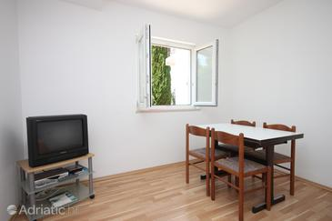 Stara Novalja, Salle à manger dans l'hébergement en type apartment, WiFi.