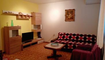 Pag, Living room in the apartment, air condition available.