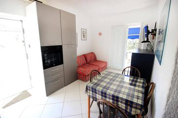 Mandre, Obývací pokoj v ubytování typu apartment, s klimatizací, domácí mazlíčci povoleni a WiFi.